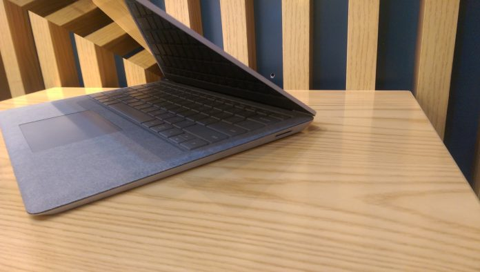 surface-laptop-core-i5-gia-tot