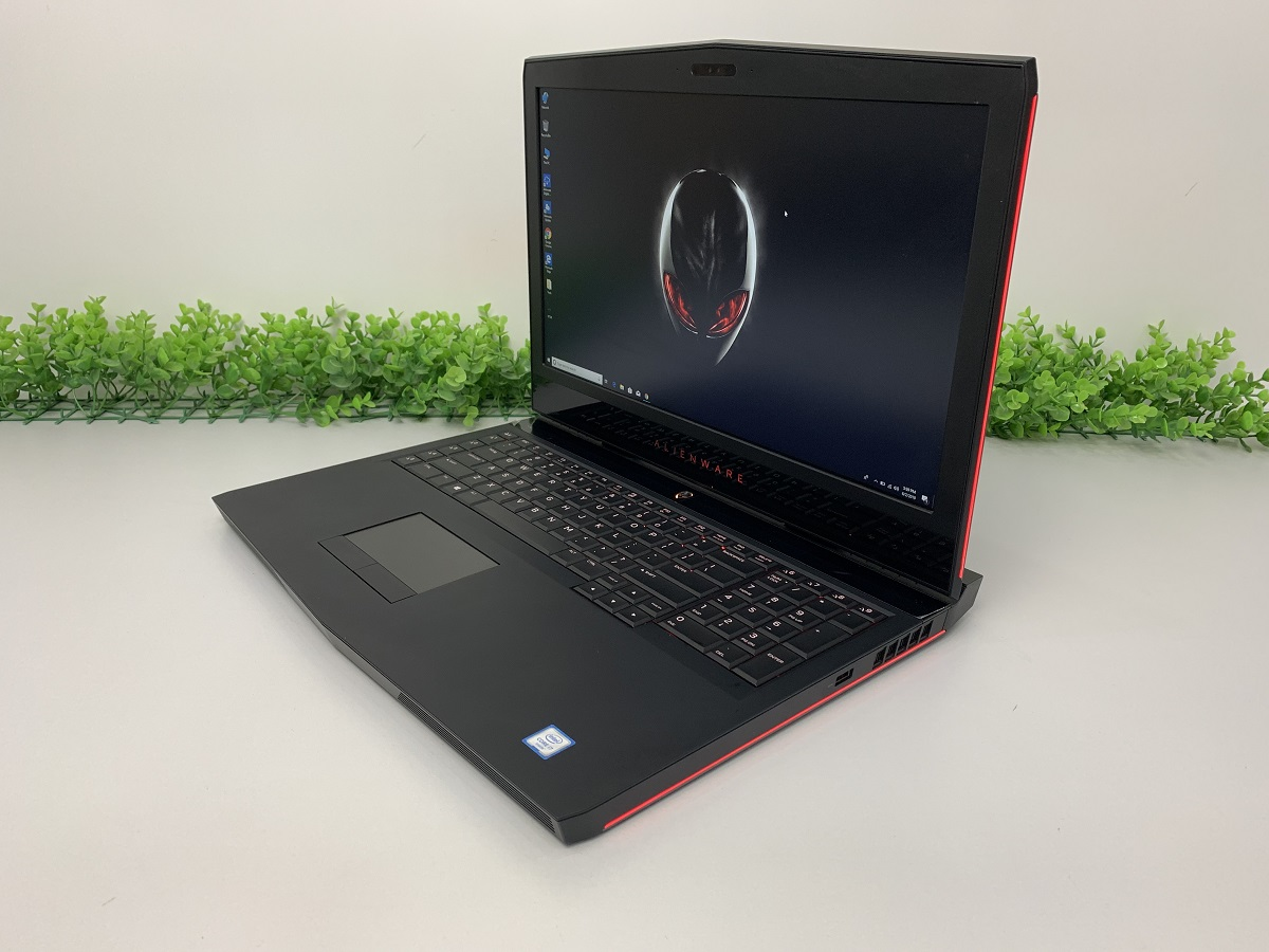 che-do-bao-hanh-laptop-tai-laptopaz